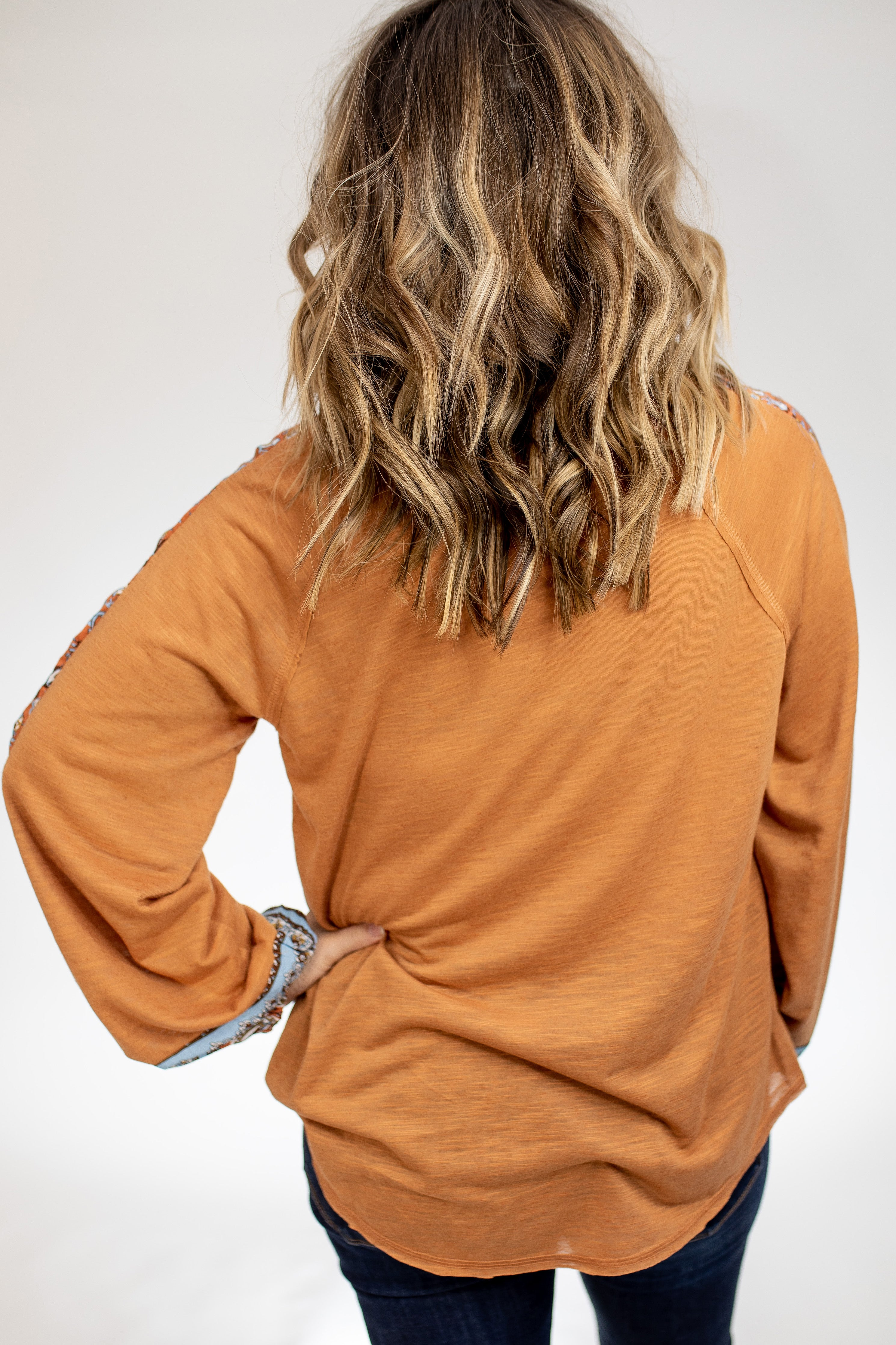 Monrovia Balloon-Sleeve Blouse