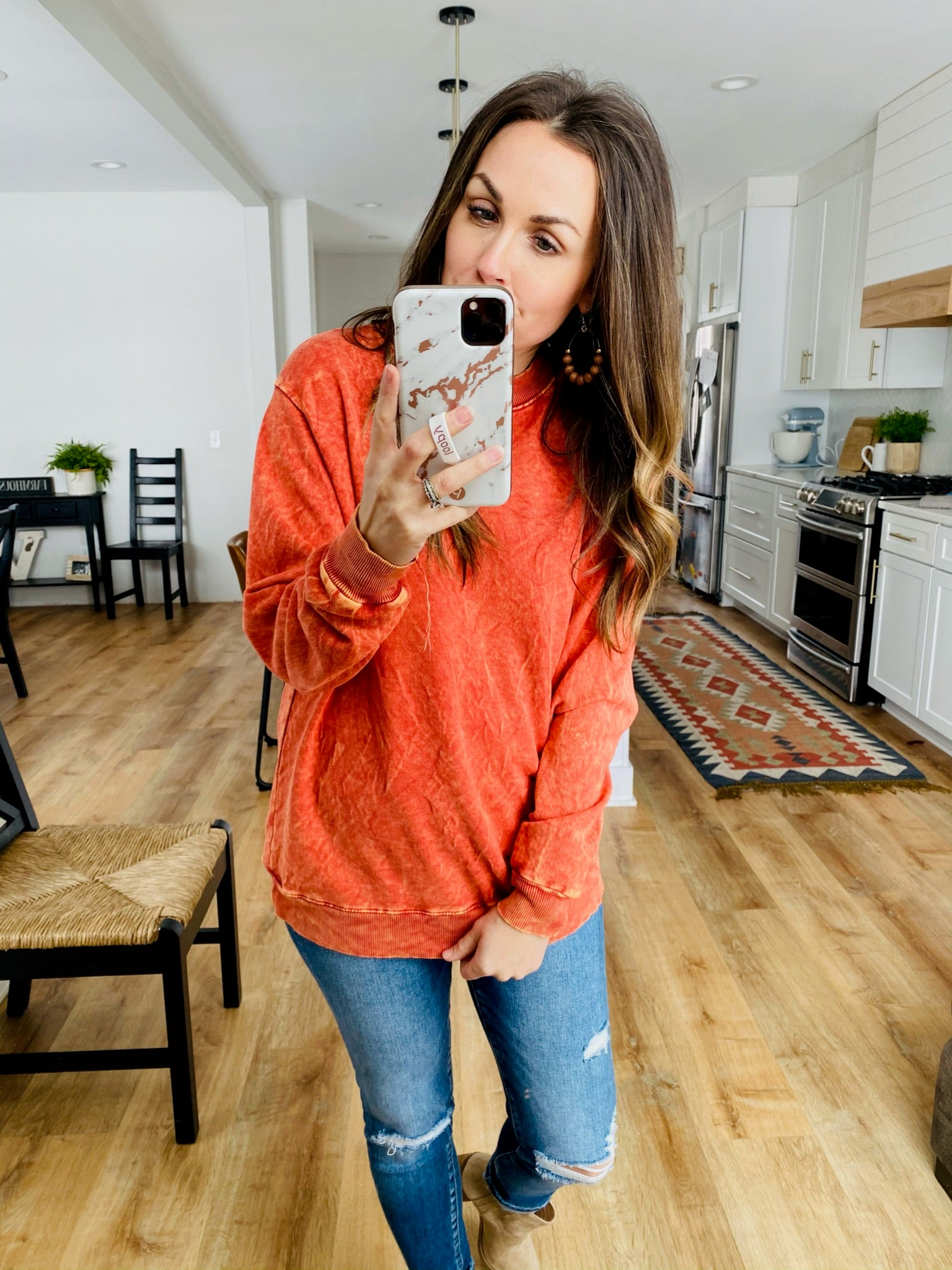 Two-Tone Mineral Sweatshirt-2 Colors - VerClare Boutique
