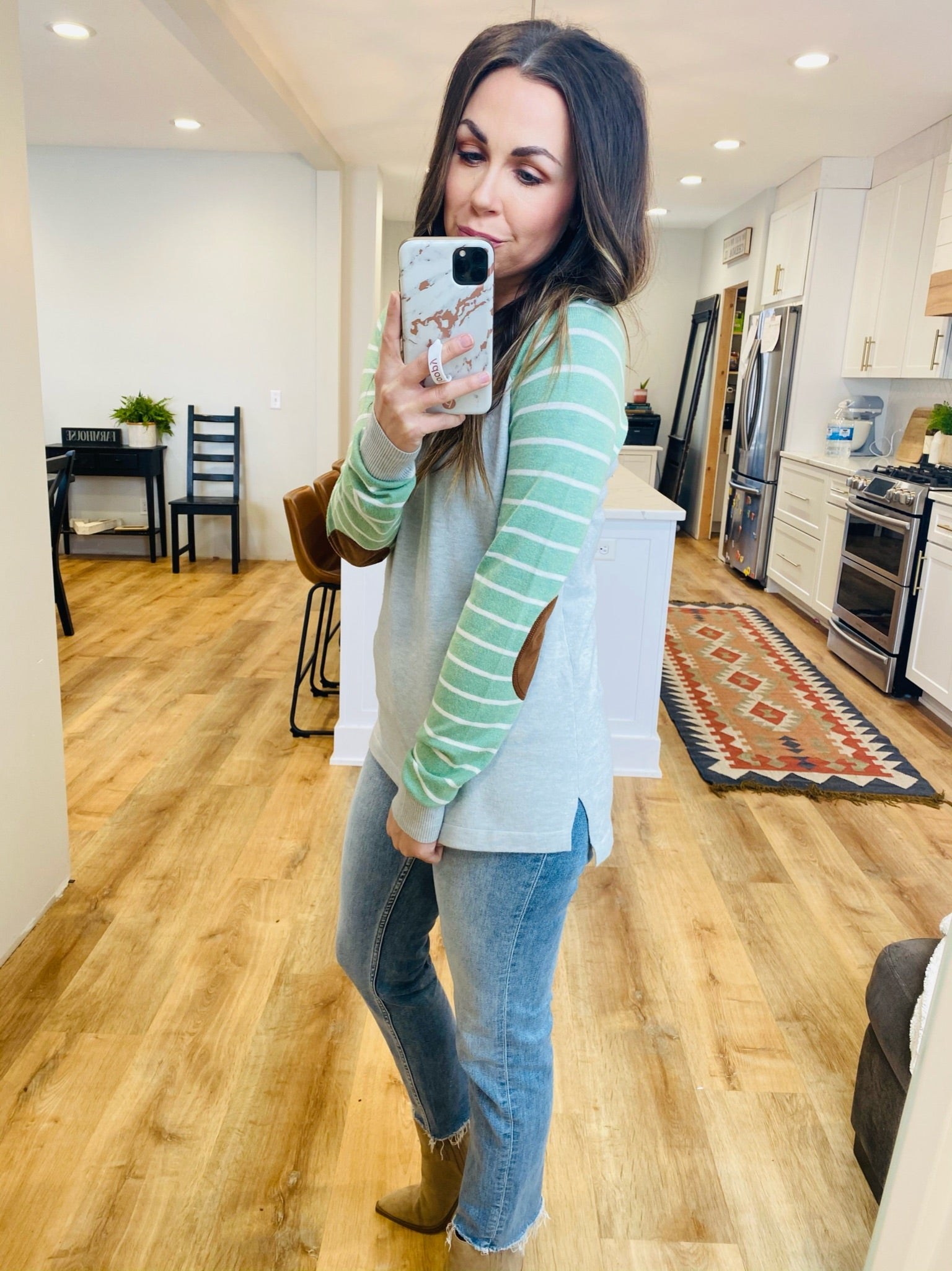 Summer Vibes Baseball Sweater-2 Colors - VerClare Boutique