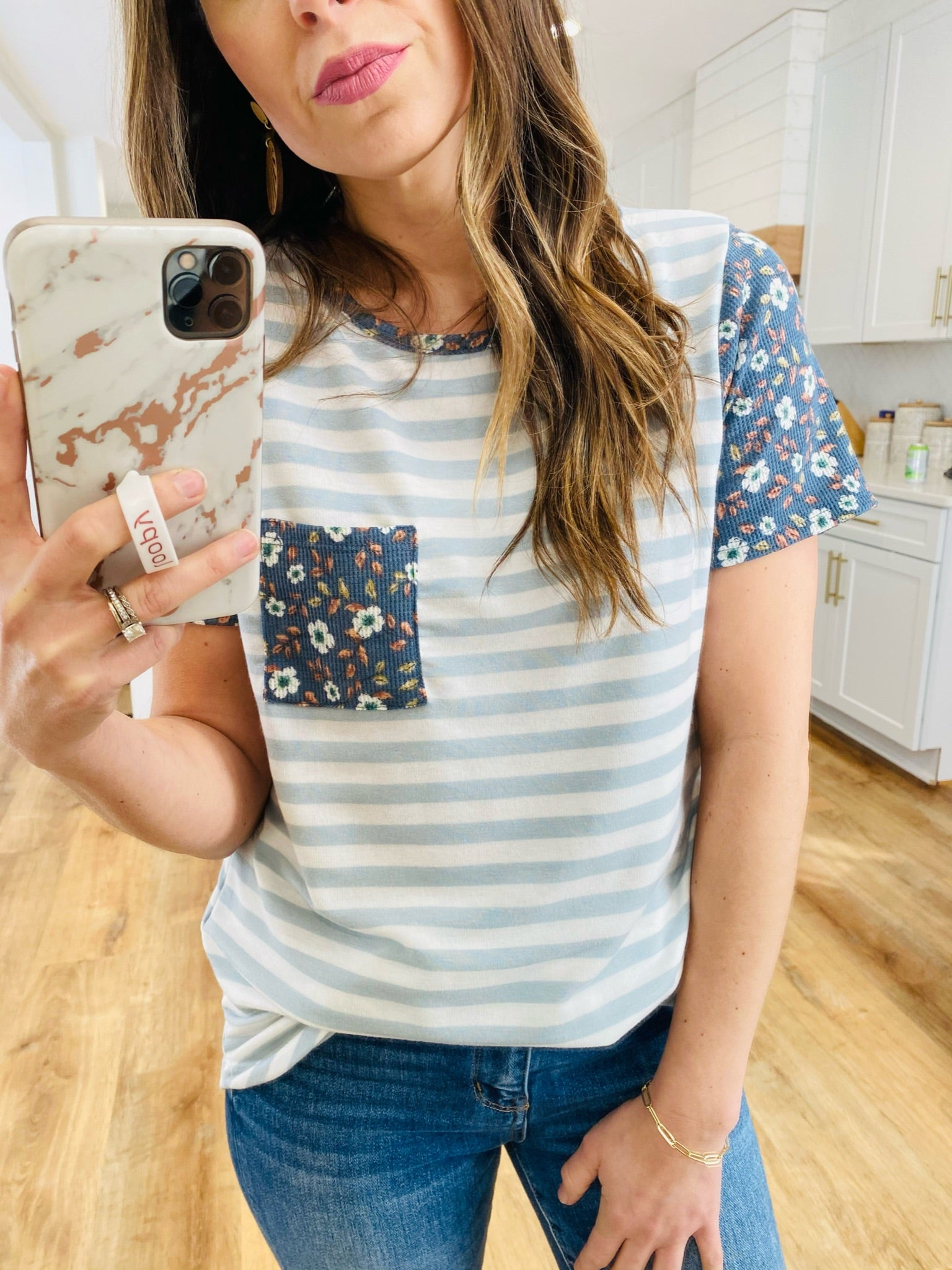 Ditsy Printed Short Sleeve Top - VerClare Boutique
