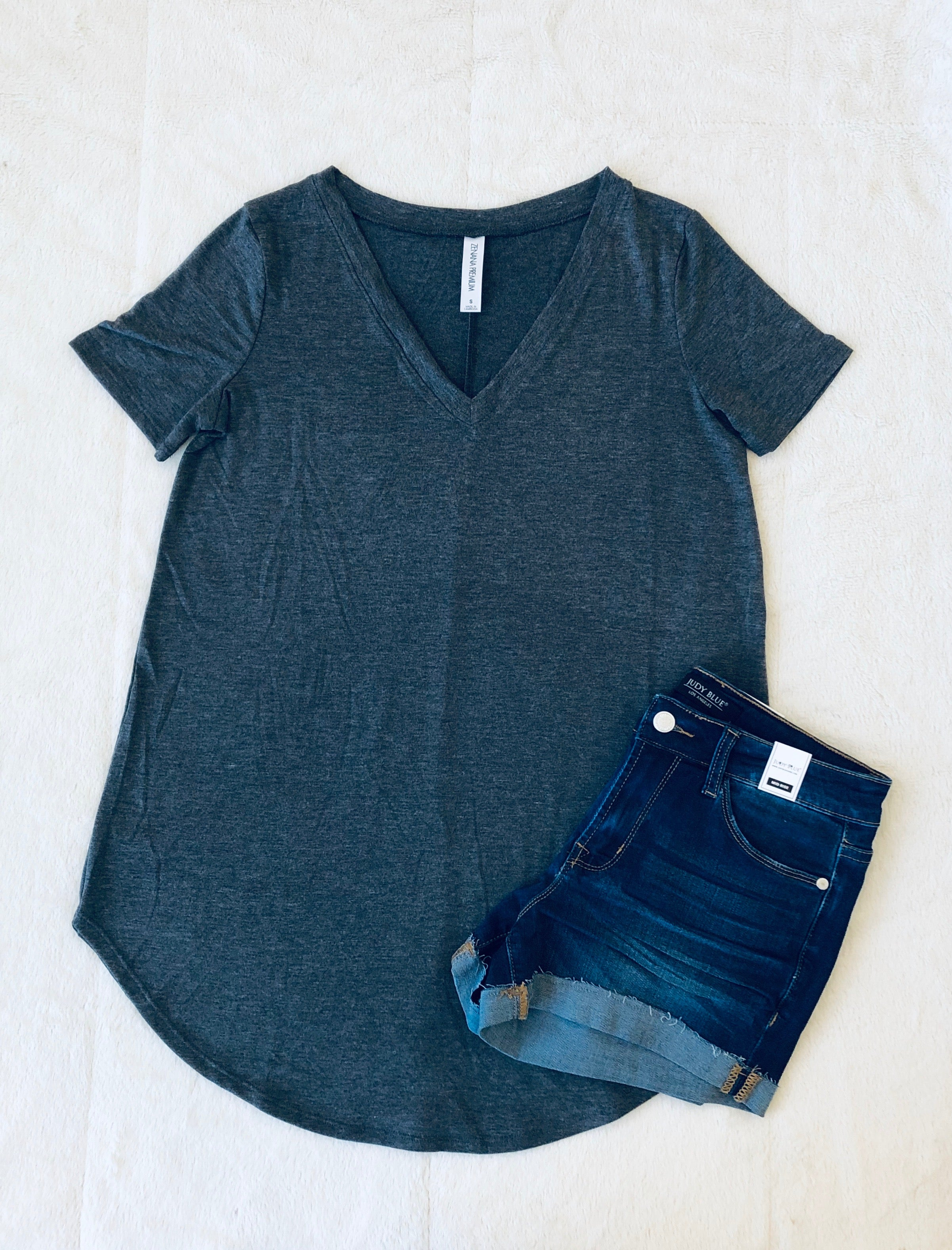 Evelyn Everyday Tee - Charcoal | VerClare Boutique