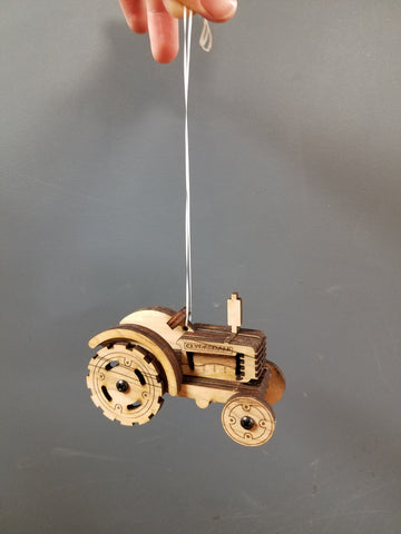 Clydesdale Tractor Mini Ornament Kit