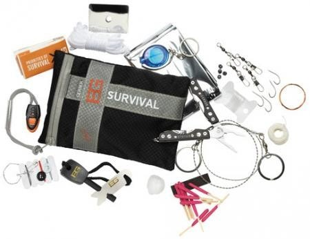 Bear Grylls Ultimate Survival Kit - Up The Nipissing