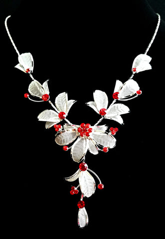 Red Crystals Flower Necklace