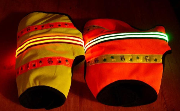 high visibility dog vests with lights on