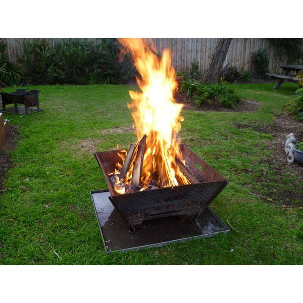 The Wombat Fire Pit Amp Camp Cooker Fire Pits Direct