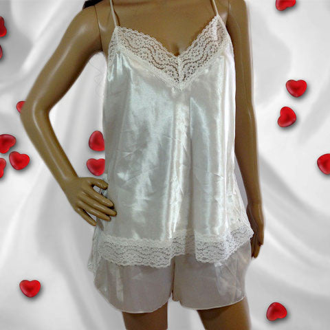 Flora Nikrooz camisole and shorts lingerie set