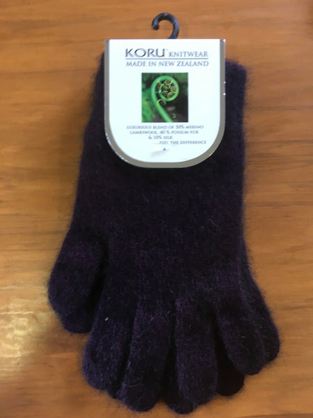Koru Knitwear Gloves
