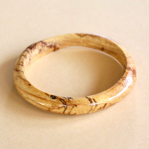 Classic Bangle in Spalted Pecan