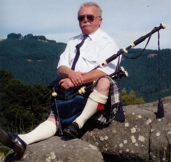 Bill Swift - Bagpipe Player - Dunedin