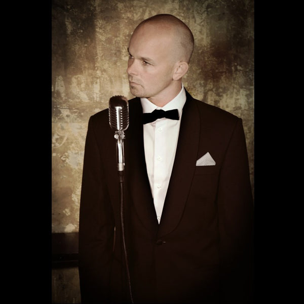 Chris Melville - Solo Swing and Jazz Singer - Auckland