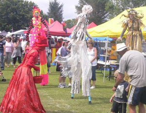 Free Lunch - Stilt Walkers - Hamilton