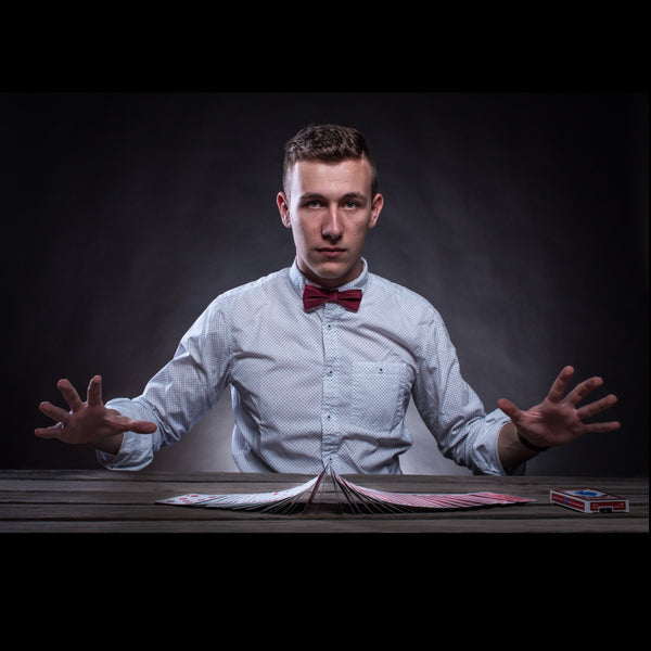 Jannik Theiss - Magician and Mentalist - Wellington