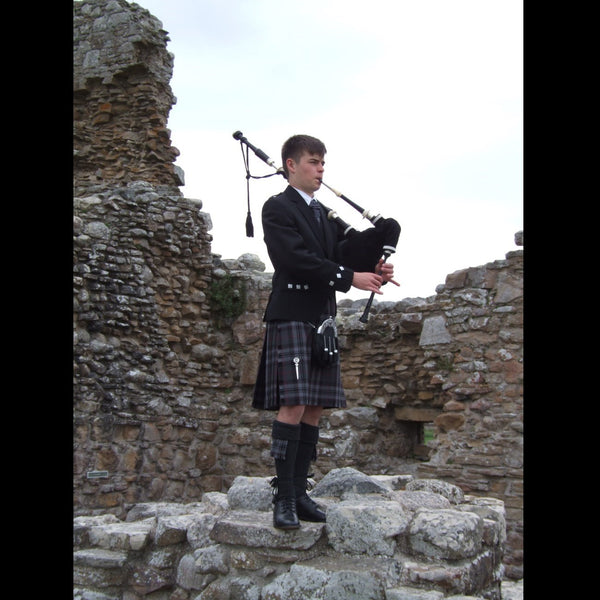 Jordan Johnston - Bagpiper - Wellington
