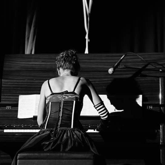 Kinga Krupa   - solo Piano -  classical Duo - Queenstown