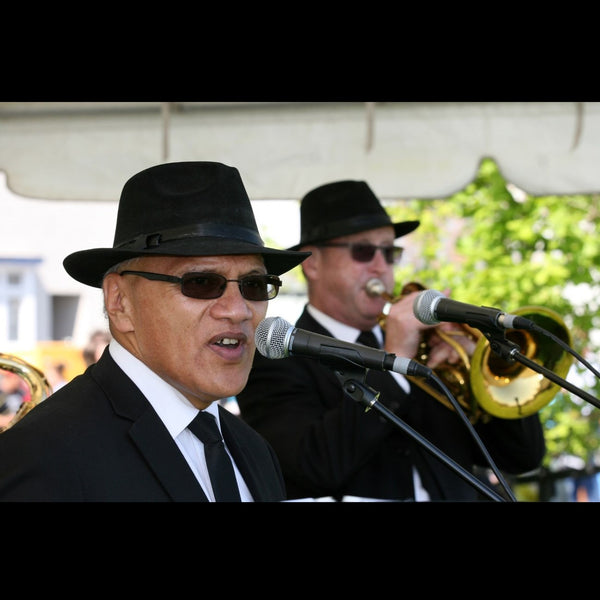 Men in Black - 3 piece Covers Band - Napier