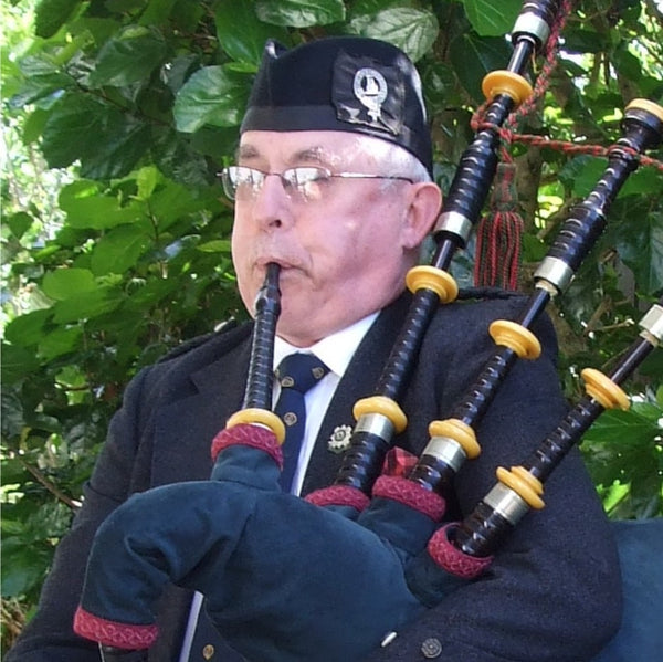 Solo Highland Piper in My Area - Anywhere in New Zealand