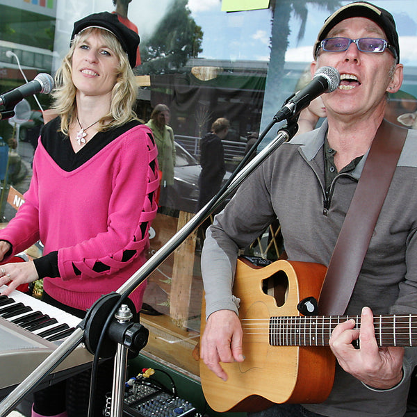 Paul and Penny- Covers Duo - Katikati - Bay of Plenty