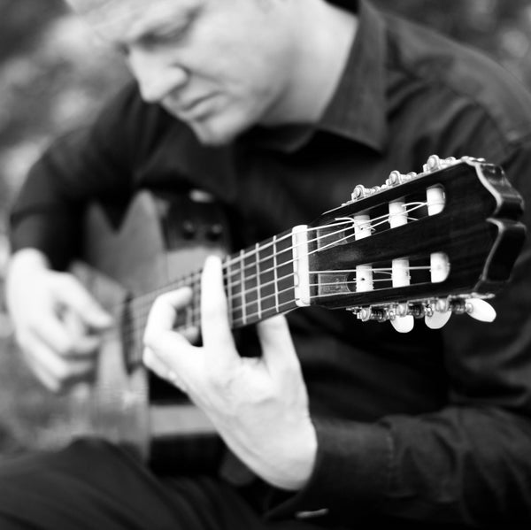 Shane Cammell - Solo Classical Guitarist - Nelson