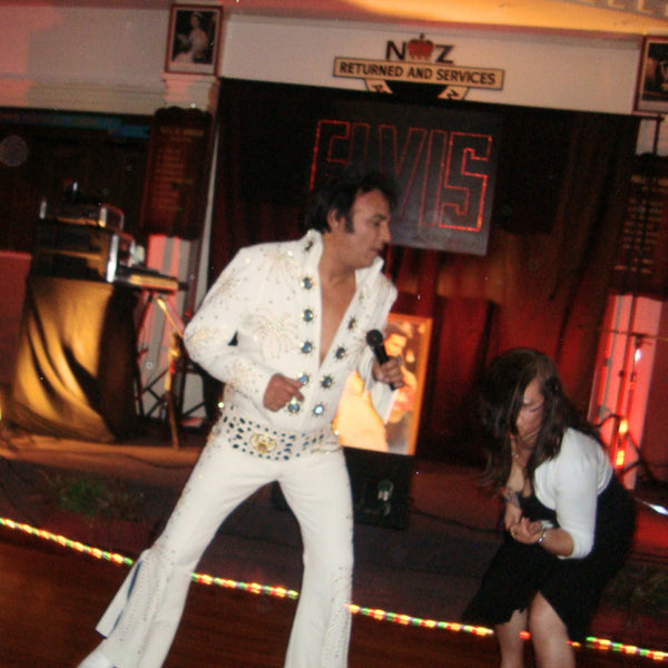 Steve Fitter - Elvis Impersonator - Raglan