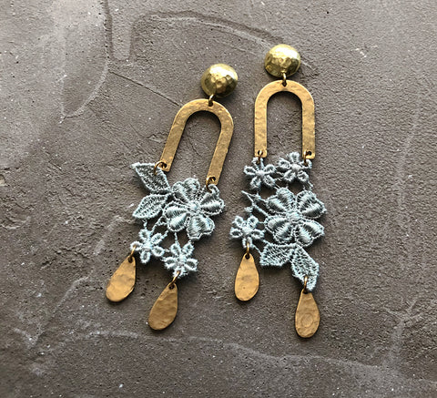 farren mint asymmetrical earrings
