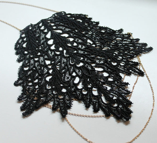 asiya lace shoulder jewelry