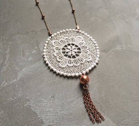 cosima cream lace tassel necklace