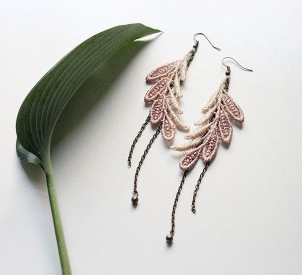 elsa taupe ombre lace earrings