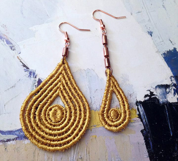 fairuza asymmetrical lace earrings