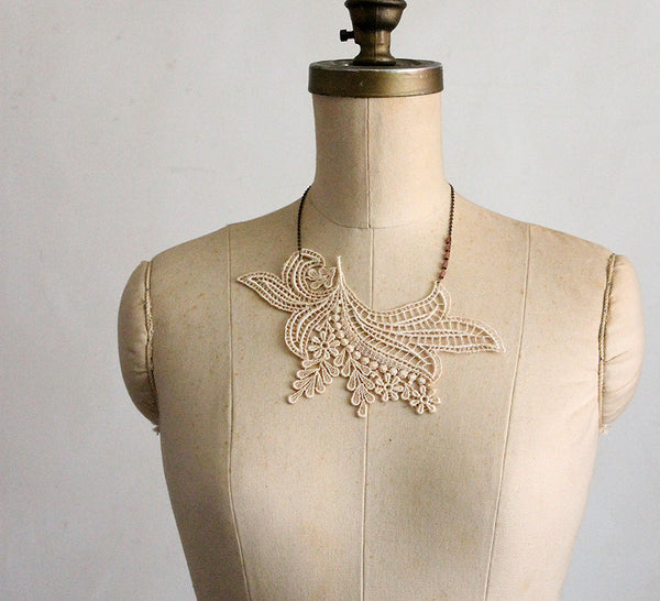 anouska ivory lace necklace