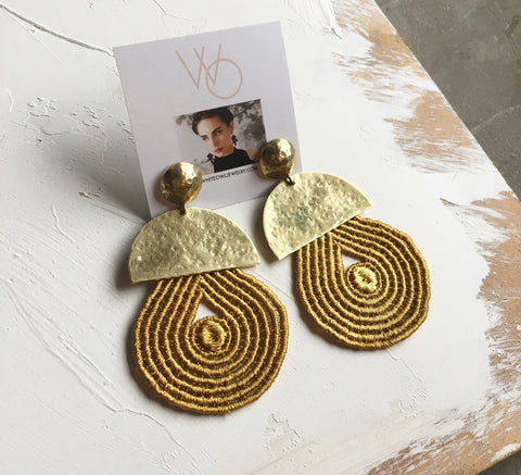 harlow mustard statement earrings