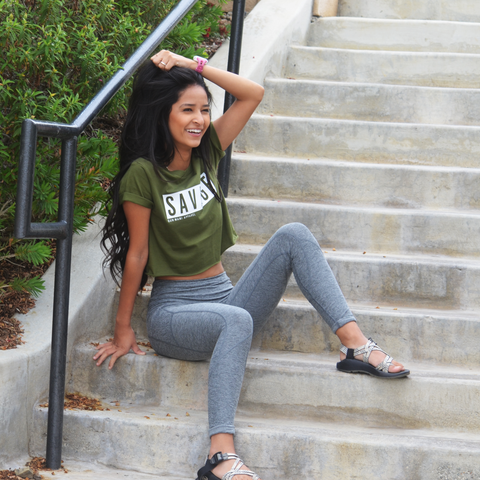NEW SAVAGE CROP TOP HOOYAH OLIVE