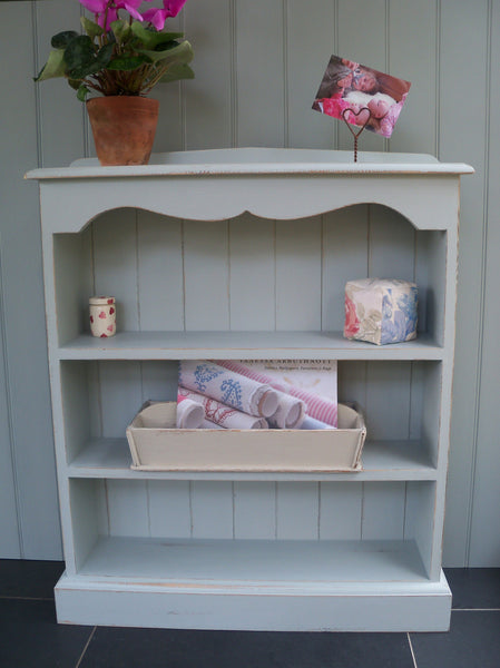 Painted Scalloped Top Bookcase