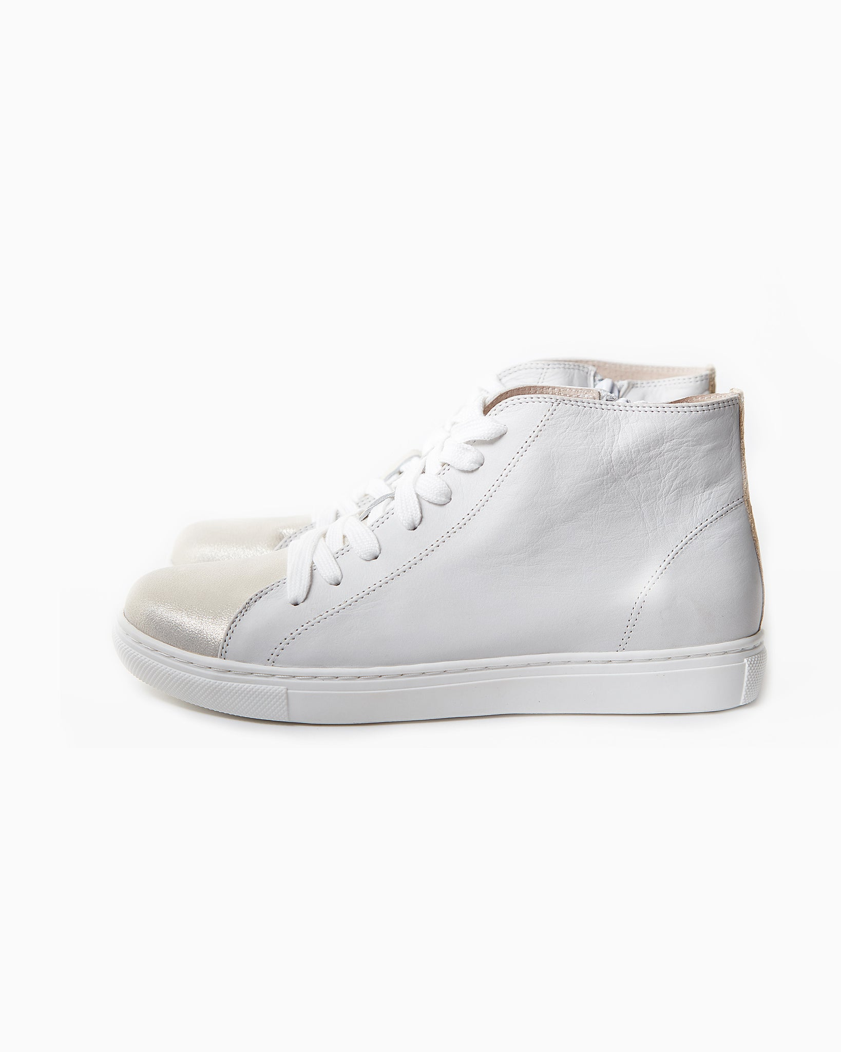 Uma Leather Sneaker
