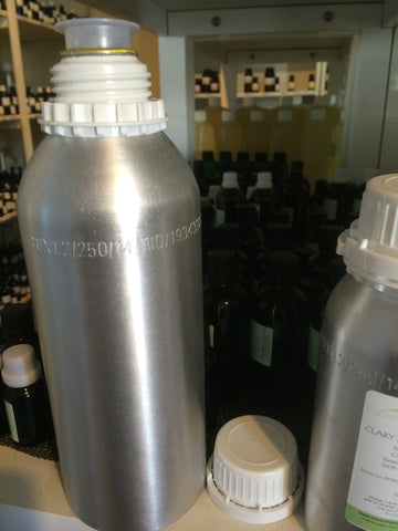 Aluminium Essential Oil Bottle  1.25 lt with plug and cap