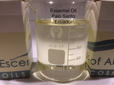 Essential oil of Palo Santo bursea graveolens