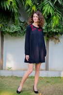 Red crochet Stretchable Maternity Black Dress - MOMZJOY.COM