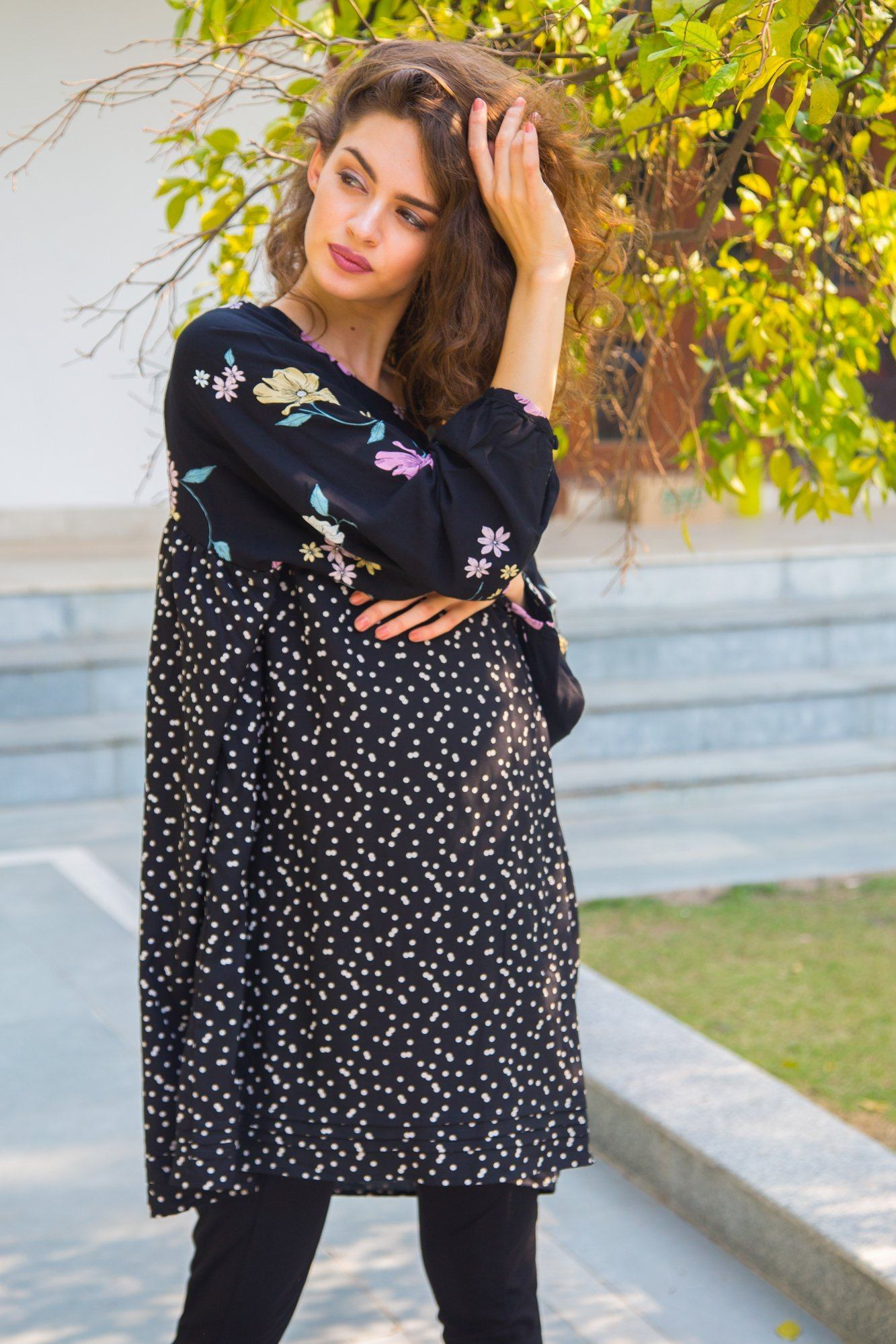 Floral Polka Flair Flow Maternity Top - MOMZJOY.COM