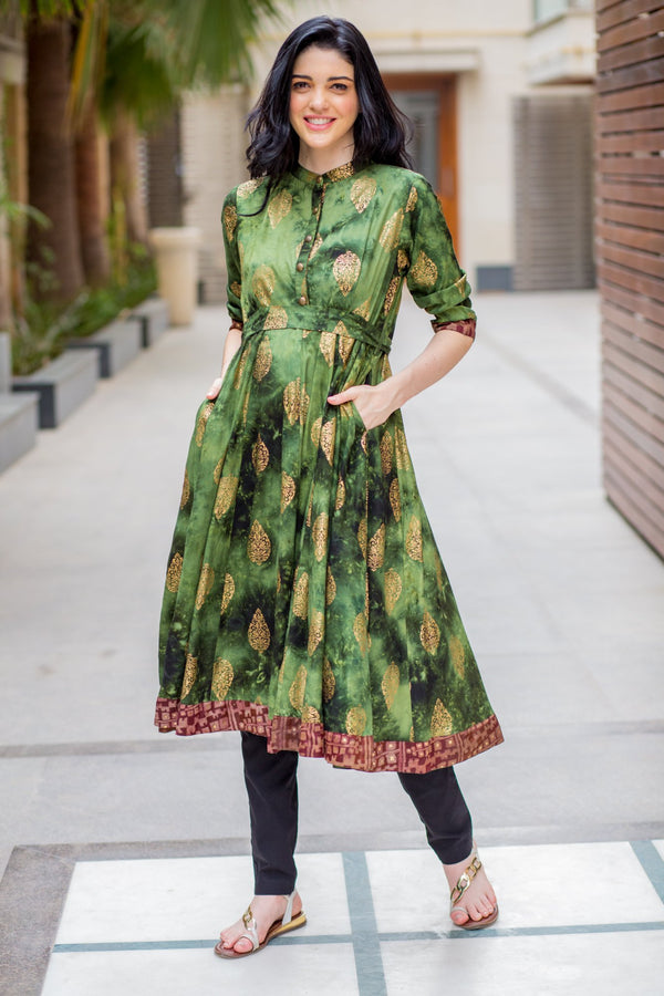 Emerald Green Gold Maternity & Nursing Kurta