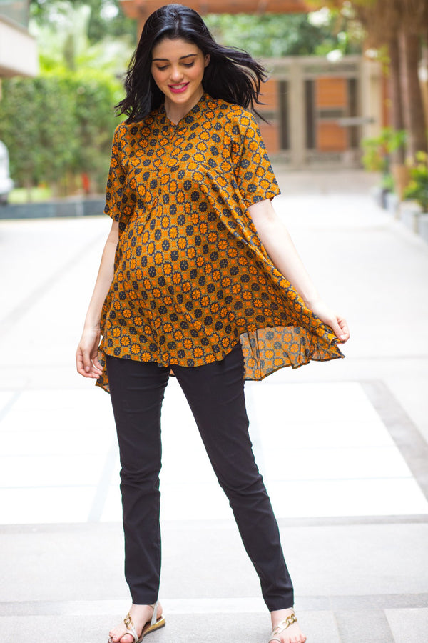 Multi Geo Flowing Maternity & Nursing Top - MOMZJOY.COM