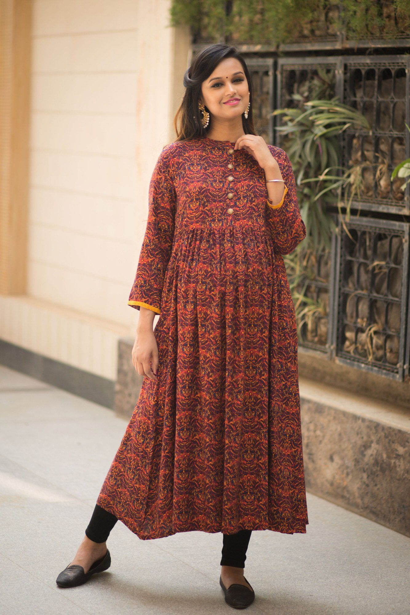 Buy maternity clothes pregnancy wear online india classic royal long maternity and nursing kurta ombrellifo Gallery