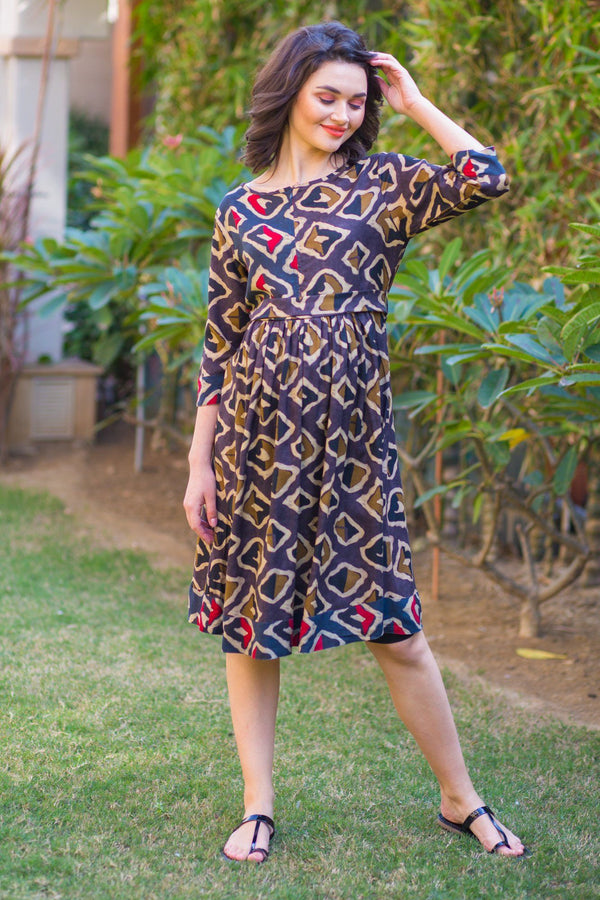 Patterned Maze Front Zip Maternity and Nursing Kurta Dress