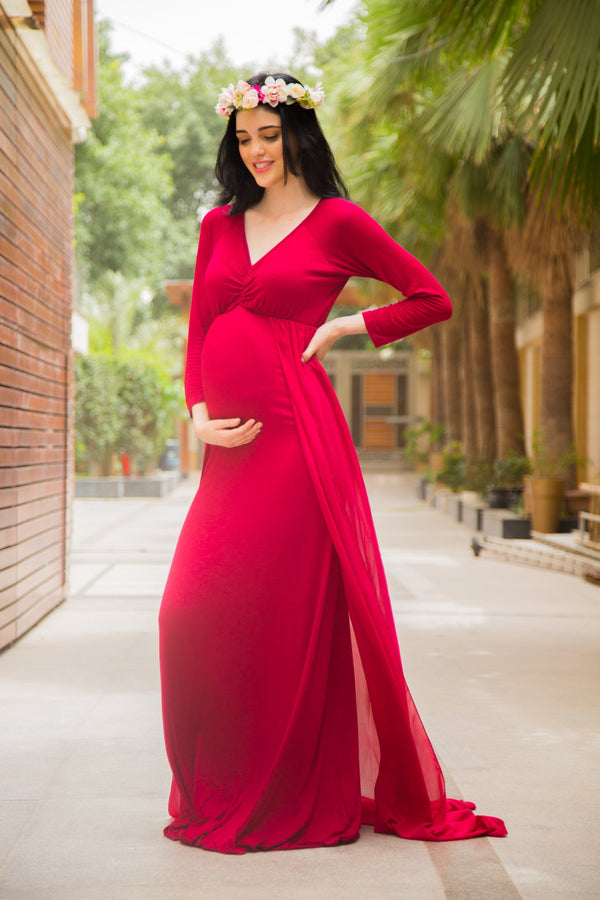 Exclusive Cherry Red Trail Maternity Photoshoot Gown