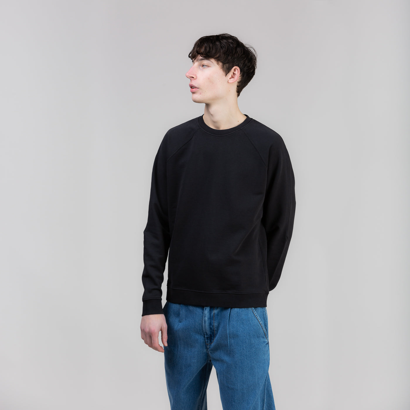 Rivet Sweat - Black