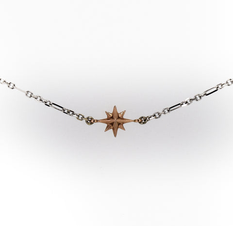Compass Rose Women's Endless Stars Necklace with 1 14K Gold 3D Star and a 14K White Gold Figaro Chain