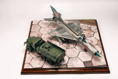 Uschi 1/72 scenic print for display base Soviet Hexagonal Airfield #3015