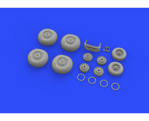 Eduard 1/48 Brassin undercarriage wheels for Su-34 for HobbyBoss - 648326