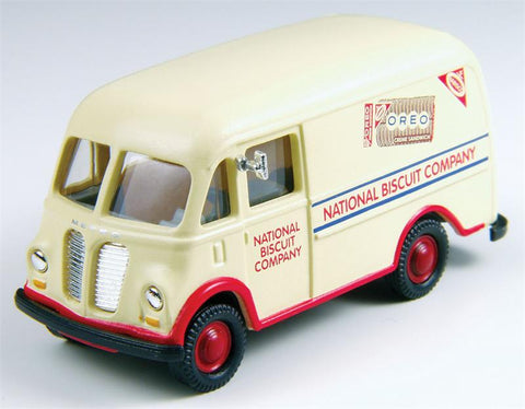 Classic Metal Works - Mini Metals HO scale International Metro Van (Nabisco) #CMW30389