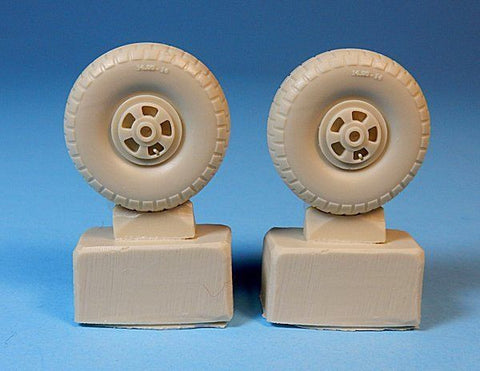 Ultracast 1/48 Bristol Beaufighter Spoked Wheels Australian Z block tread Tamiya