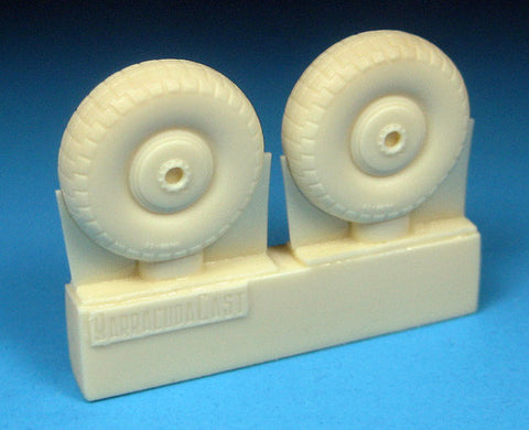 1/72 BarracudaCast BR72249 Beaufighter Late Wheels - Treaded Tyres for Airfix